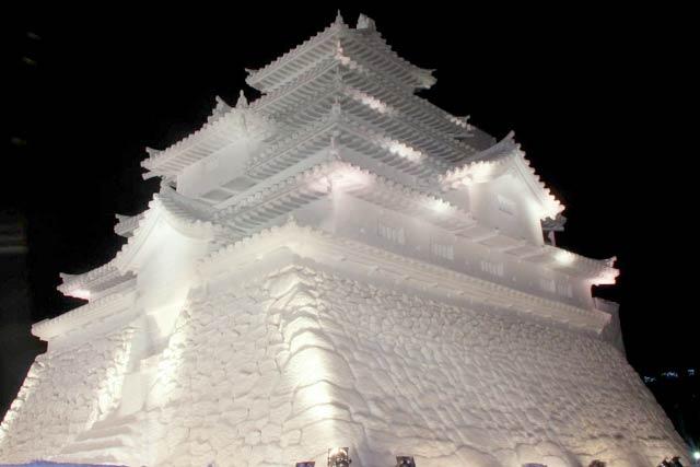 お城の雪像